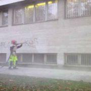 Épület, közintézmény homlokzatának tisztítása - graffiti eltávolítás